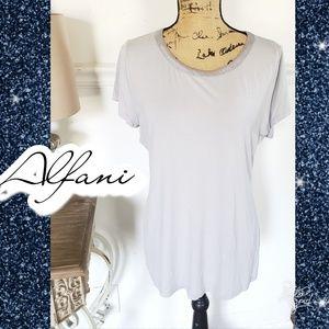 Top short sleeve silky sz large tshirt